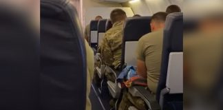 soldier returns to family
