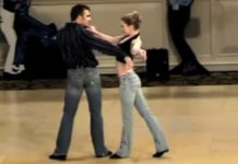 swing-dancers-routine