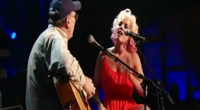 pink-and-dad-performance
