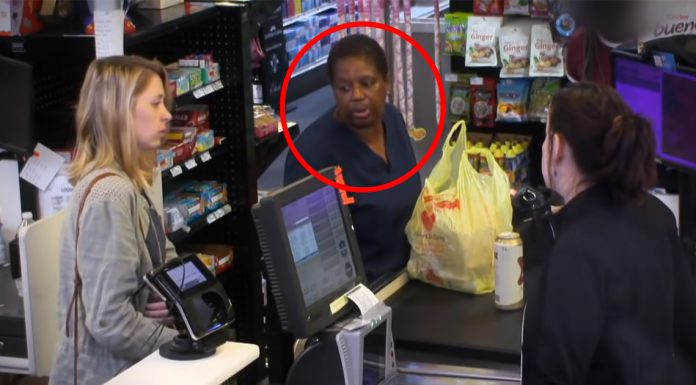 shaming-customer-for-food-stamps