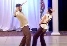 swing-dancers-classic-moves