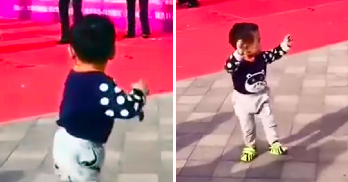 toddler-dances-on-the-sidelines