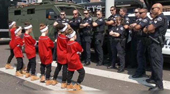 kids-dance-with-local-cops